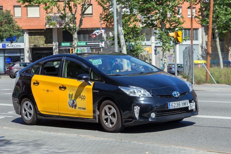 barcelona airport taxi